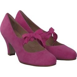 KMB - Elike in Pink