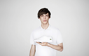 LACOSTE Model mit Carnaby-Sneaker